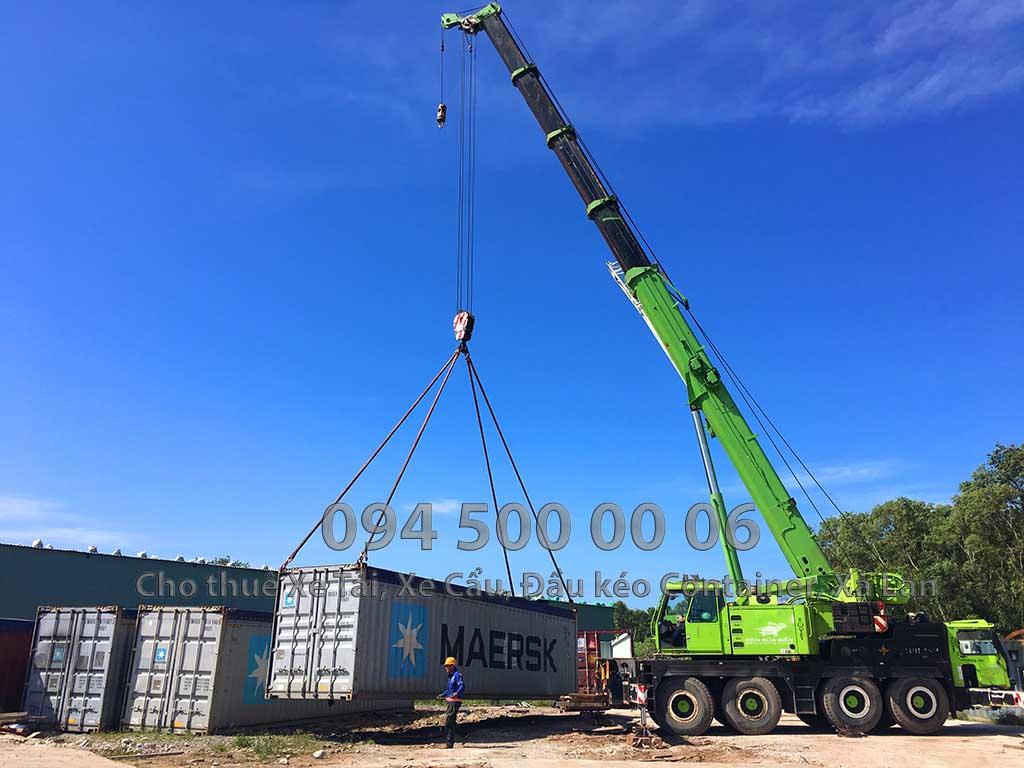 Ảnh: Dịch vụ Cho thuê xe cẩu tại Đảo Phú Quốc: Cty Con Rùa Biển đang nhận Cẩu container rỗng ở An Thới, Phú Quốc lên xe đầu kéo container và vận chuyển Võ container từ bằng đầu kéo container từ Phú Quốc về HCM
