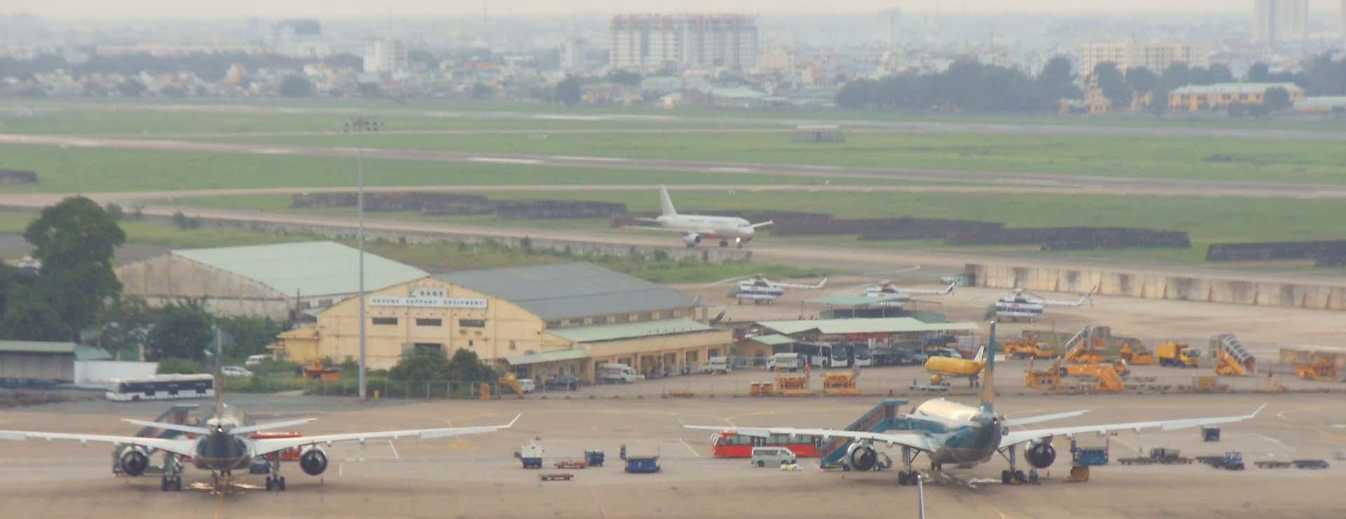 (Gửi hàng hoá từ HCM đi Phú Quốc bằng máy bay có nhiều ưu điểm nổi bật nên đang là sự lựa chọn hàng đầu của các cá nhân, doanh nghiệp)