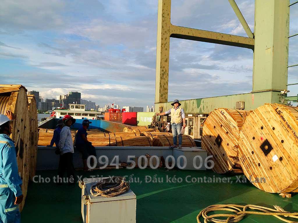 (Ảnh: Dự án vận chuyển Cáp Điện từ Bắc vào Nam với hình thức vận tải đa phương thức)