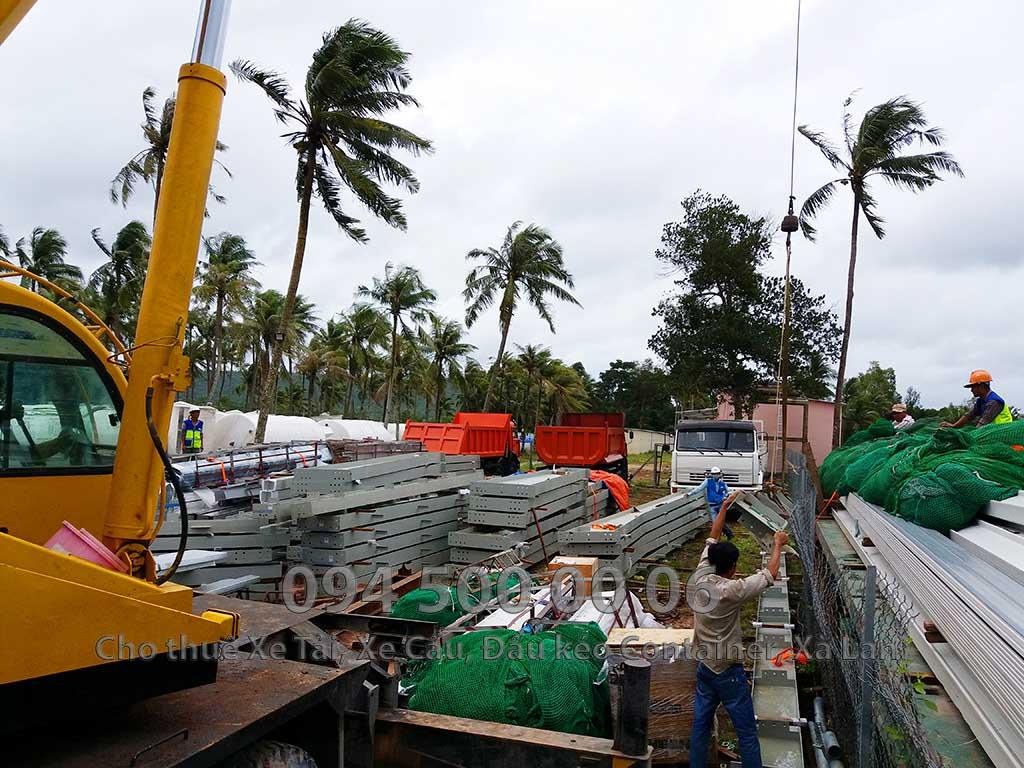 Dự án vận chuyển kết cấu thép ATAD ra đảo Phú Quốc xây dựng công trình của MASAN PQ 32