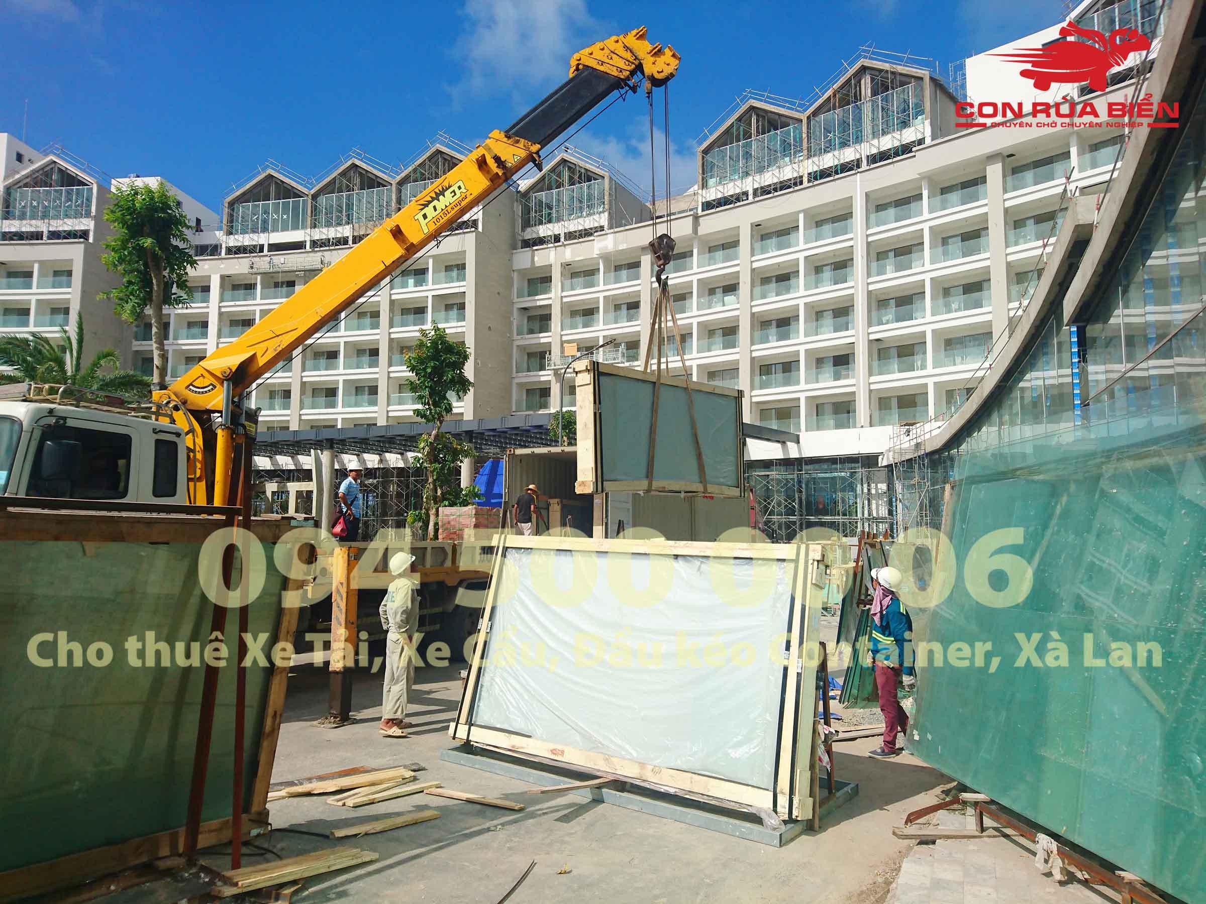Dự án vận chuyển Kính Cường Lực HCM đi Casino Phú Quốc 1