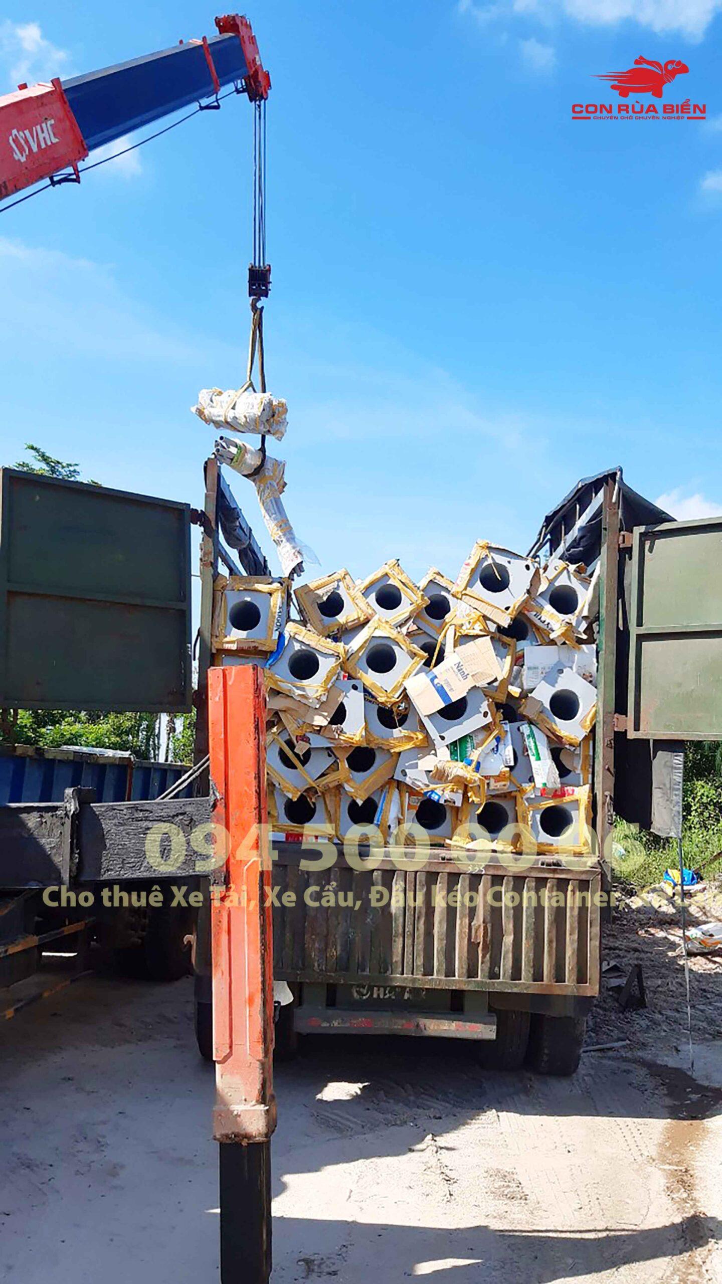 (Ảnh: Chành xe Hà Nội Sài Gòn Phú Quốc - CON RÙA BIỂN ; Dự án Vận chuyển Cột Đèn từ Đồng Nai đi Phú Quốc)
