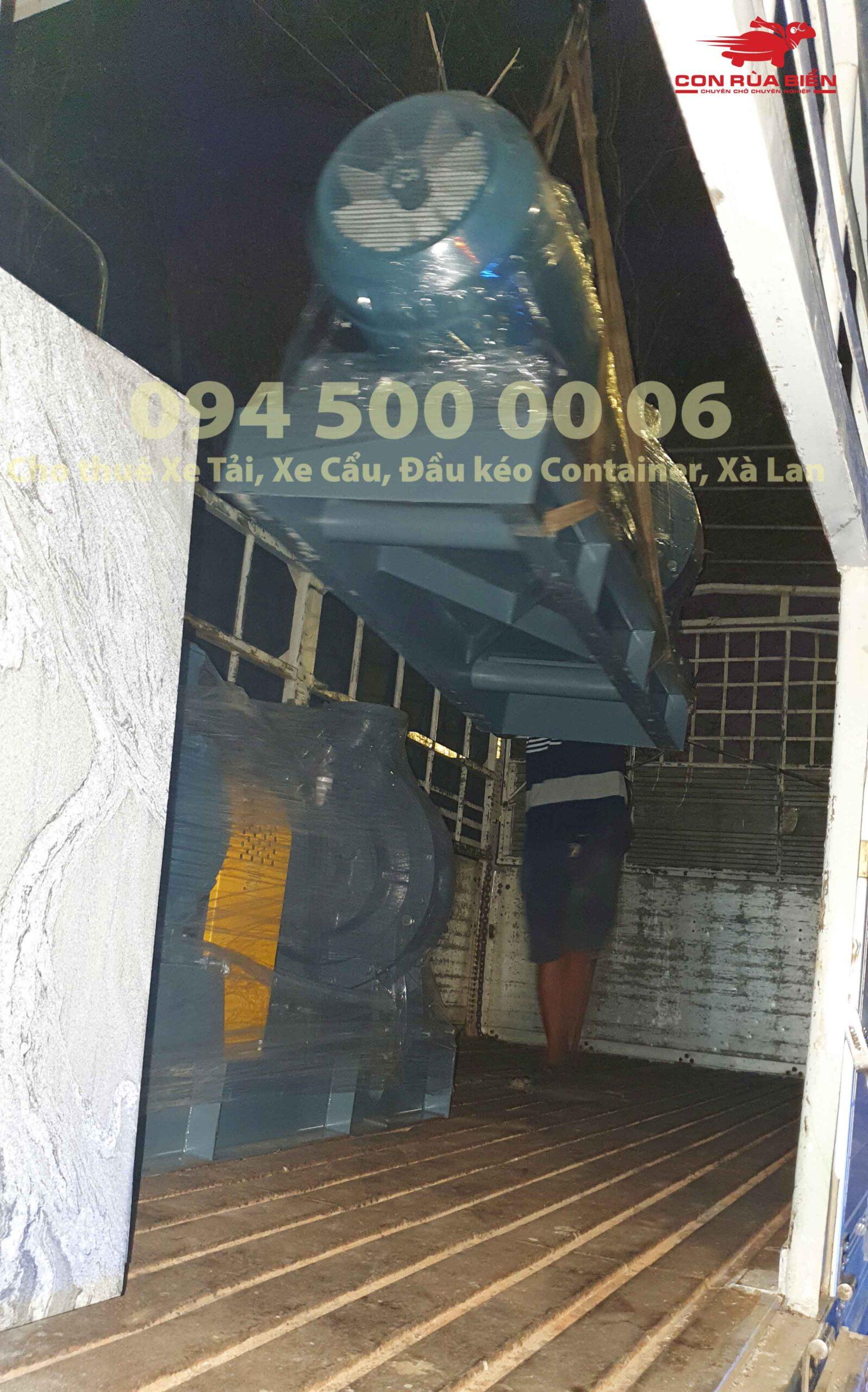 Van chuyen may bom di Phu Quoc theo hinh thuc ghep hang nho le 7 scaled