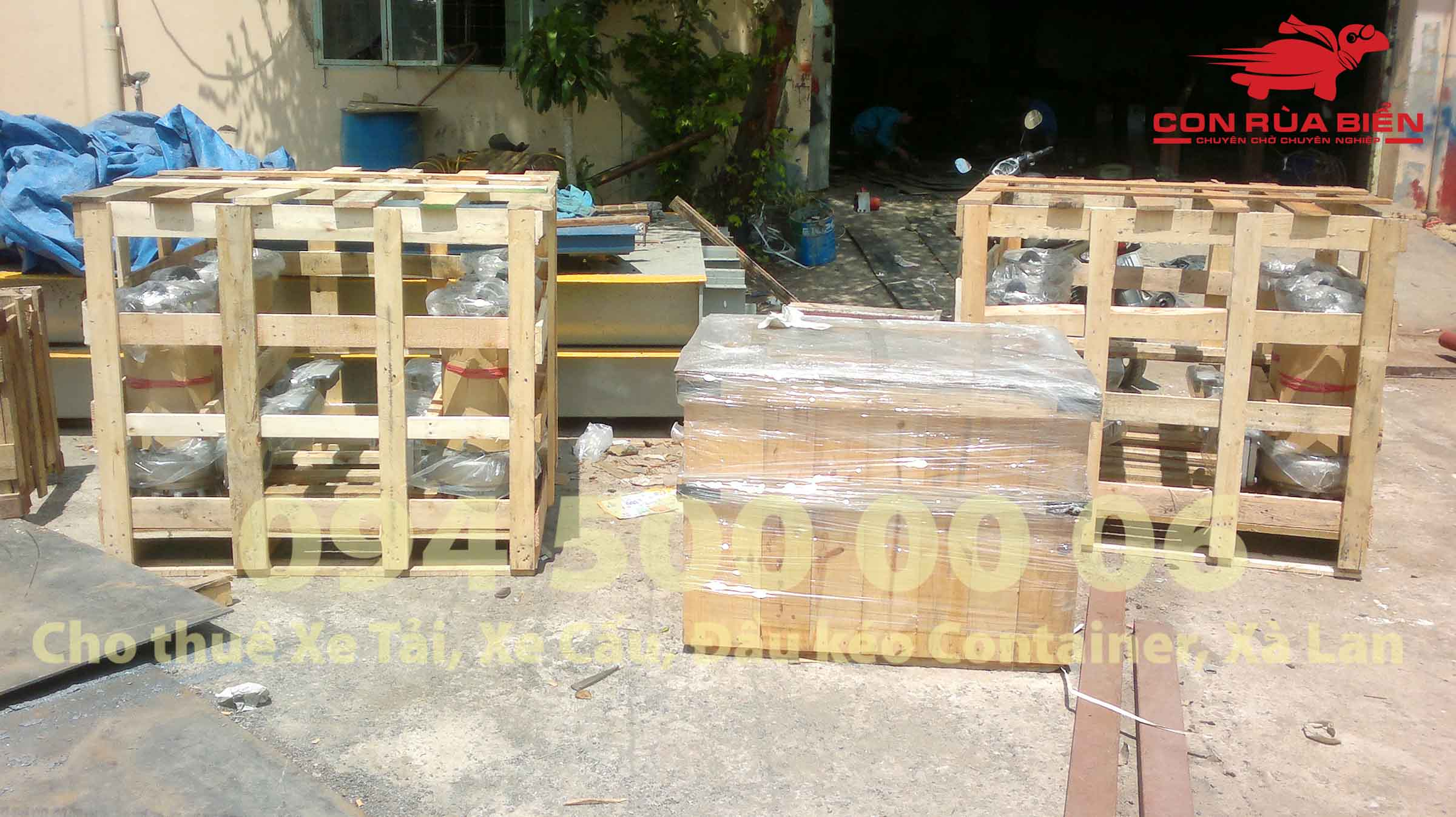 Van chuyen may bom tu HA Noi di Phu Quoc ghep xe tai duong bo 4